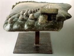 ヘルヤの作品「地平線」25×38×55cm  撮影 Indav Oy